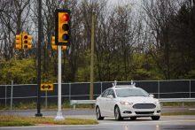 汽车巨头们和自动驾驶技术 究竟是谁利用了谁?-微世界